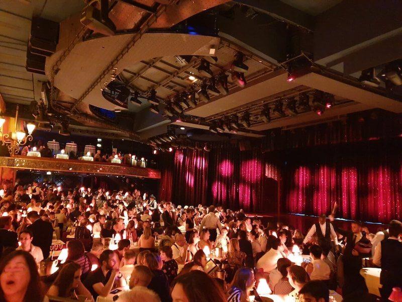 ムーランルージュの服装や座席、到着時間◆パリの老舗のナイトキャバレー攻略編!
