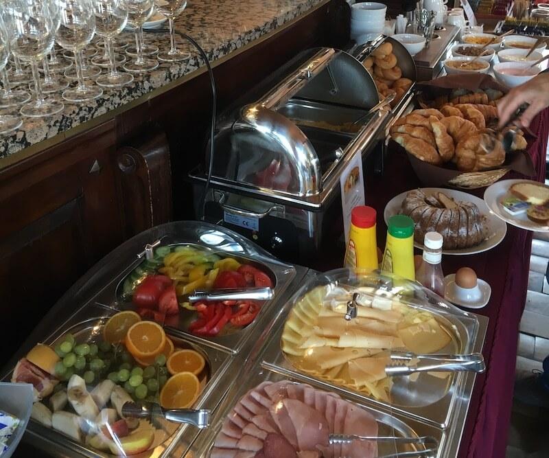 ボートホテル マチルダ 朝食