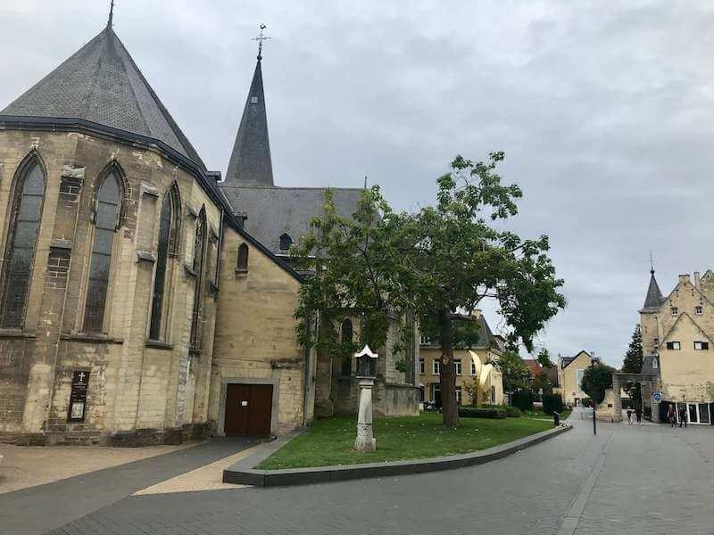 ファルケンブルクの教会