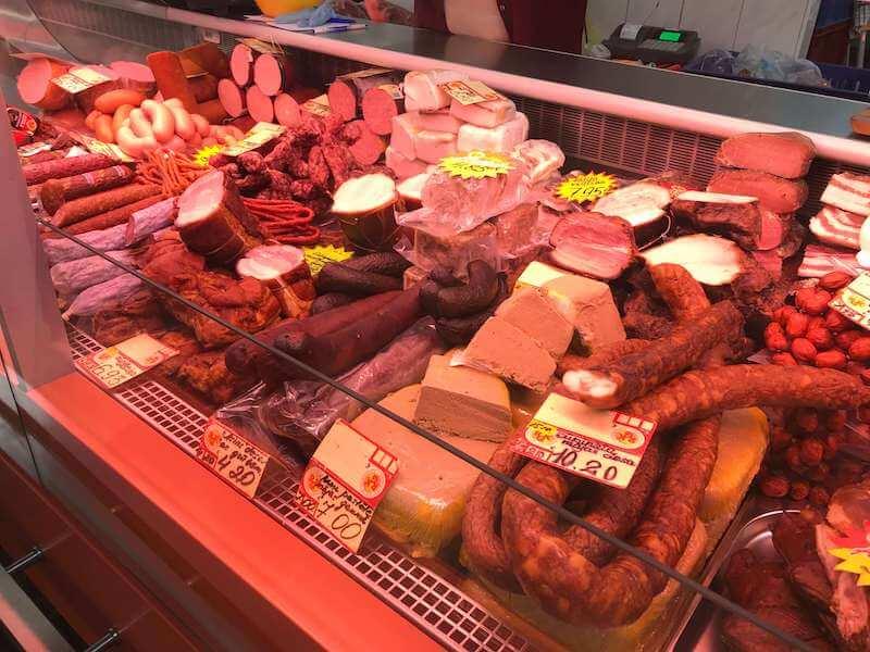 リガの中央市場 精肉館